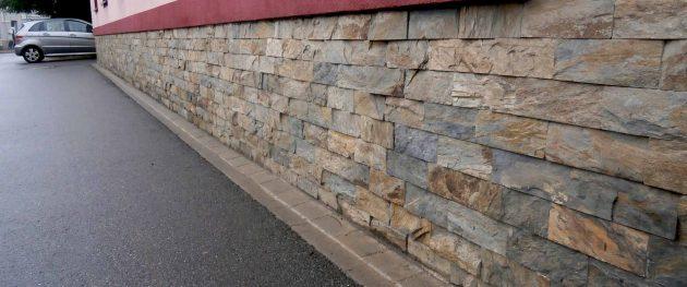 kamieni elewacyjnych
